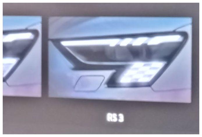 De 'finishvlagkoplampen' van de aanstaande Audi RS3, een van de manieren waarop het merk oled-verlichting toepast.