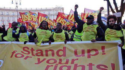 Duizenden stappen op in pro-migrantenmars in Rome