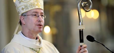 Bisschop Jan Liesen bidt voor slachtoffers Sri Lanka