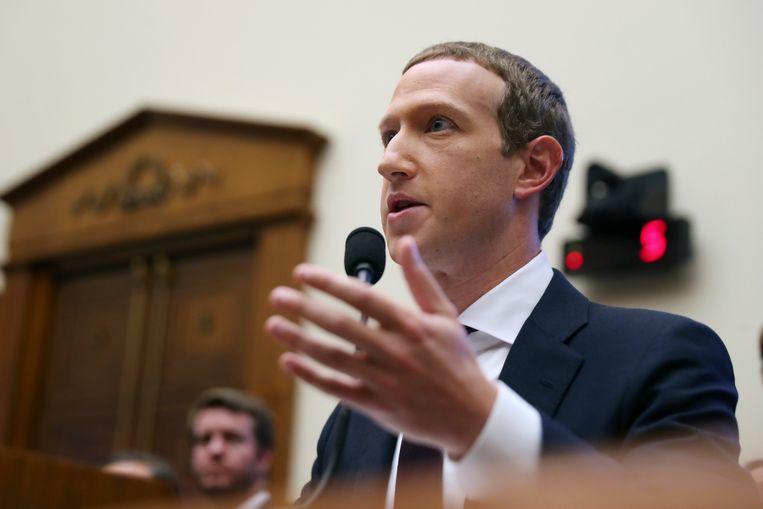 Mark Zuckerberg moet vandaag in het Amerikaanse Huis van Afgevaardigden verantwoording afleggen over Facebooks virtuele betaalmiddel libra.