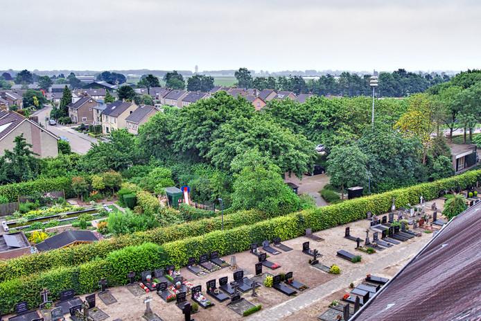 Zicht vanuit de kerktoren van Johannes de Doperkerk in Oosteind.  Foto Johan Wouters / Pix4Profs