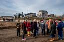 Rondleiding voor inwoners van Tiel over de werkzaamheden aan de Waalkade