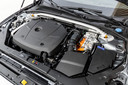 T8: een viercilinder benzinemotor, een elektromotor en een stekker