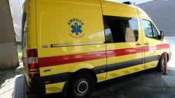 """""""Werkweken van 96 uur aan een stuk"""": arbeidsinspectie valt binnen bij ambulancedienst"""