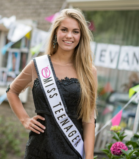 Topmodel Lotte van der Zee (20) in coma na hartstilstand