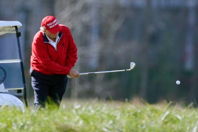 De president speelde gisteren nog een partijtje golf in Virginia.