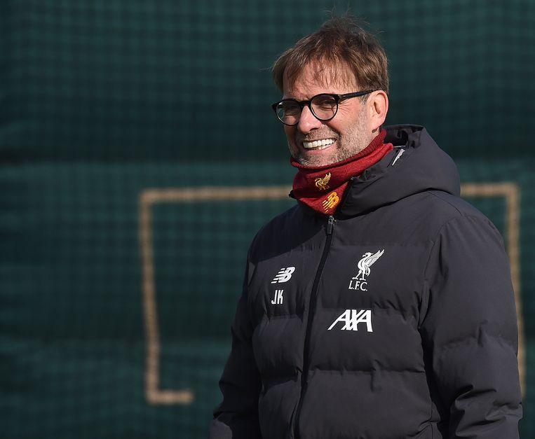 Jürgen Klopp, manager van Liverpool tijdens een training bij Melwood Training Ground. Beeld Getty Images