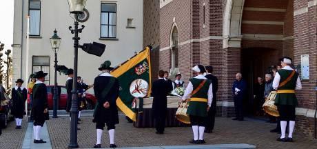 Ondanks corona een waardig afscheid van pastoor Jan Munsters