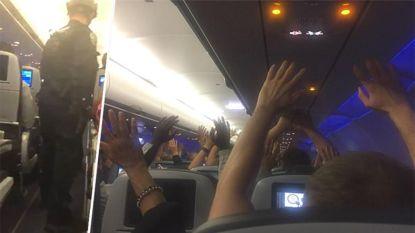 Kapingsalarm op luchthaven New York: SWAT-team bestormt vliegtuig