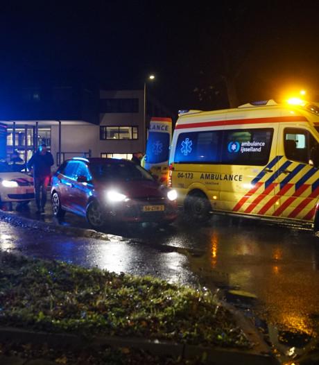Fietser aangereden op rotonde Overstichtlaan in Deventer