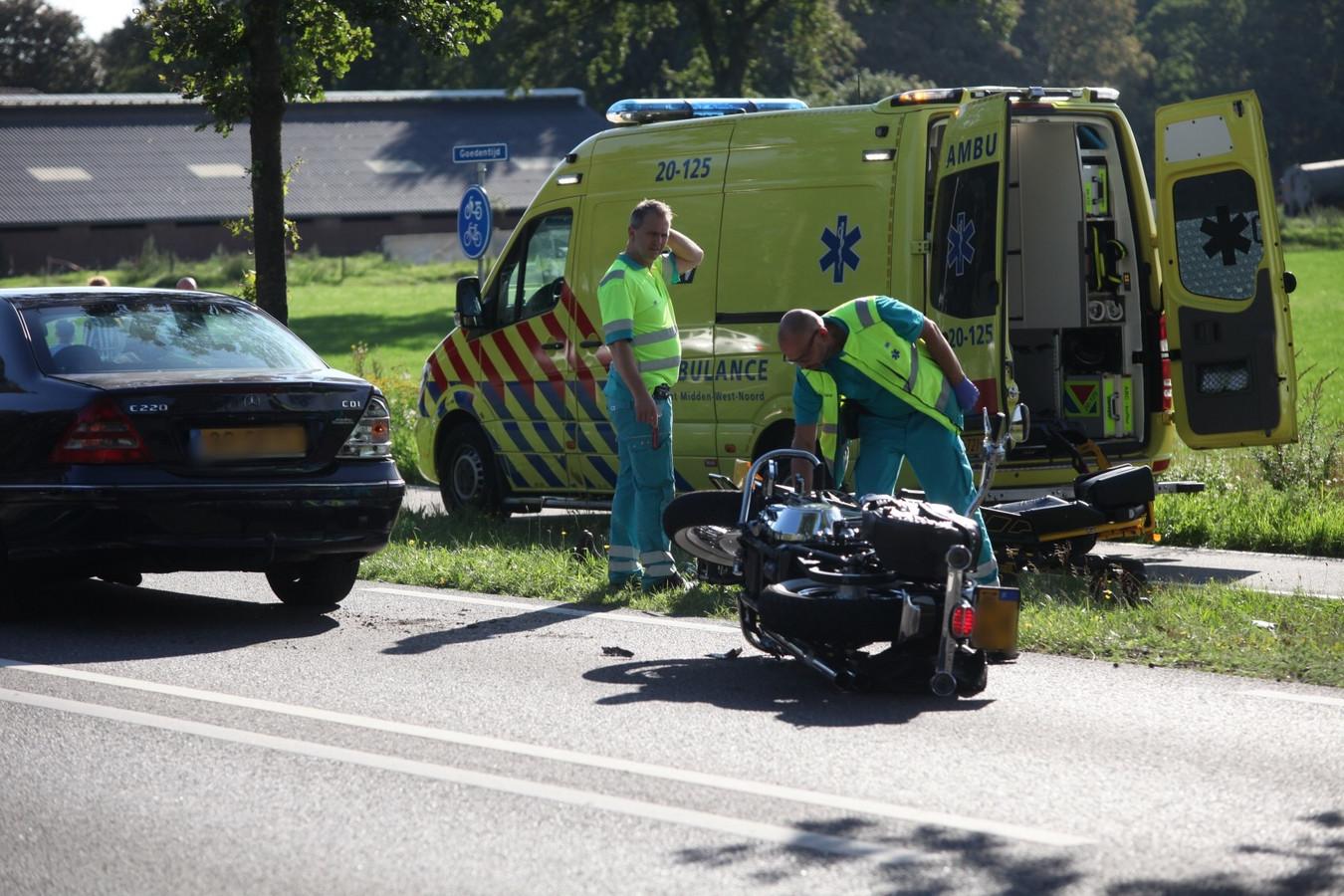 Motorrijder gewond in Alphen.