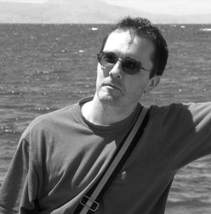 Un ancien camarade de l'enseignant tué lui a rendu hommage sur Twitter