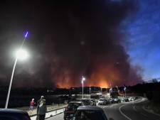 Incendie près de Marseille: 2.700 personnes évacuées, le feu sur le point d'être maîtrisé