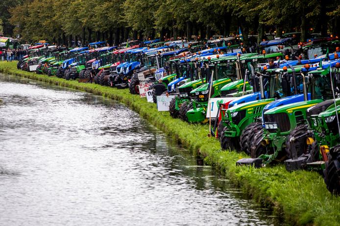 Boeren protesteren op het Malieveld in Den Haag onder de naam #Agractie.