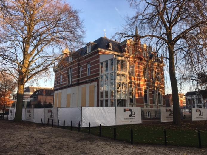 Beeld van de verbouwing van Jan Cunen aan de Molenstraat in Oss.