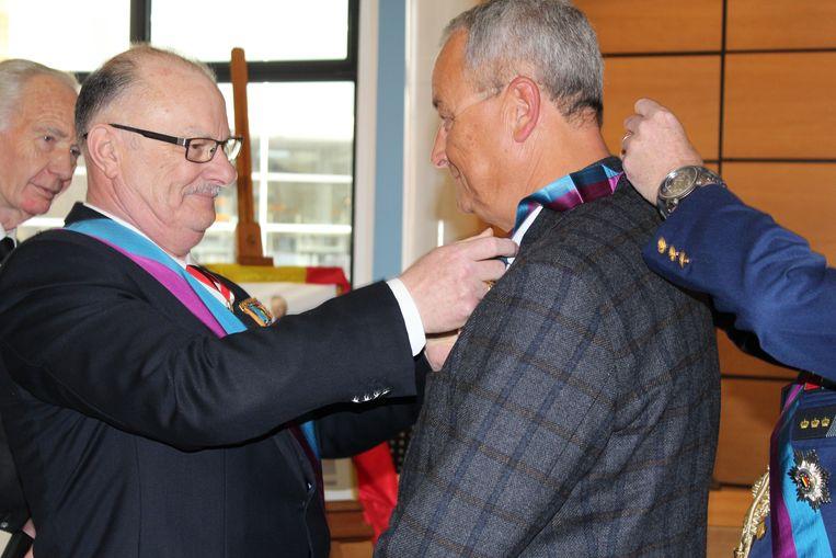 Alain Remue wordt officieel gehuldigd als Commandeur.