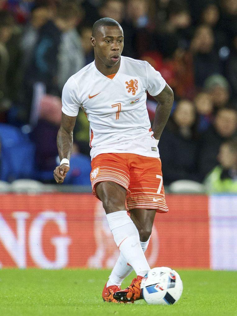 Quincy Promes in het shirt van het Nederlands elftal. Beeld null