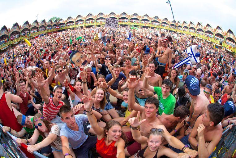 Tomorrowland lokt elk jaar 180.000 bezoekers, de organisatie beroept zich op eerder gemaakte afspraken met de gemeente Boom.