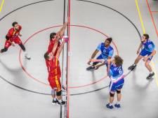 Topvolleybal Zwolle daalt af naar laatste plaats; Regio Zwolle wint wel