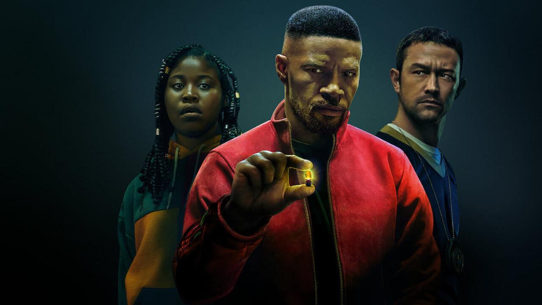 Project Power - FILM - (USA - 2020) - Ariel Schulman, Henry Joost - (Generic) - Caption: Dominique Fishback (Robin), Jamie Foxx (Art), Joseph Gordon-Levitt (Frank) Beeld Netflix