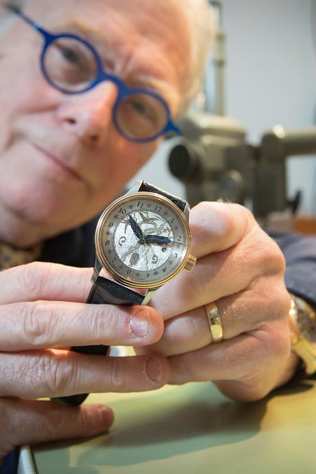 Op Jeroen Bosch geïnspireerd horloge van Liempdenaar is straks 14.500 euro waard