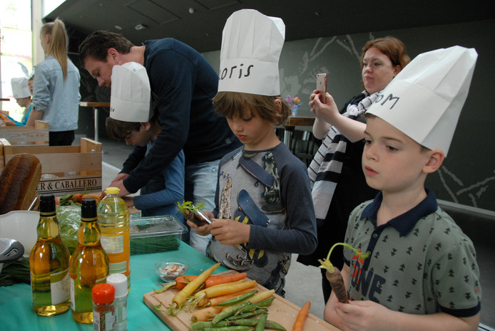 De workshop 'Hemelse picknick' in de Verkadefabriek in Den Bosch is een van de activiteiten in het kader van het City Food & Film Festival.