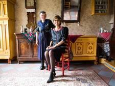 Kamerlid Carla Dik-Faber op Prinsjesdag in Staphorster klederdracht