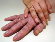 Sociale raad van Montferland: handen af van het cadeau voor mantelzorger
