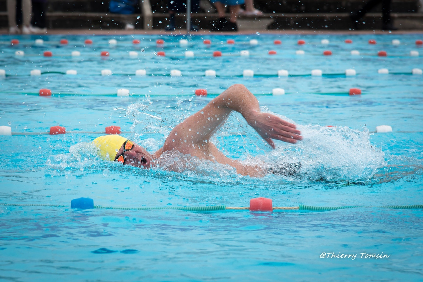 Jean-François a longtemps fait de la natation en compétition. Il est un nageur chevronné, mais ça n'est pas une condition suffisante pour la nage en eau froide.
