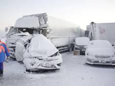 Enorme kettingbotsing met 134 auto's in Japan tijdens sneeuwstorm