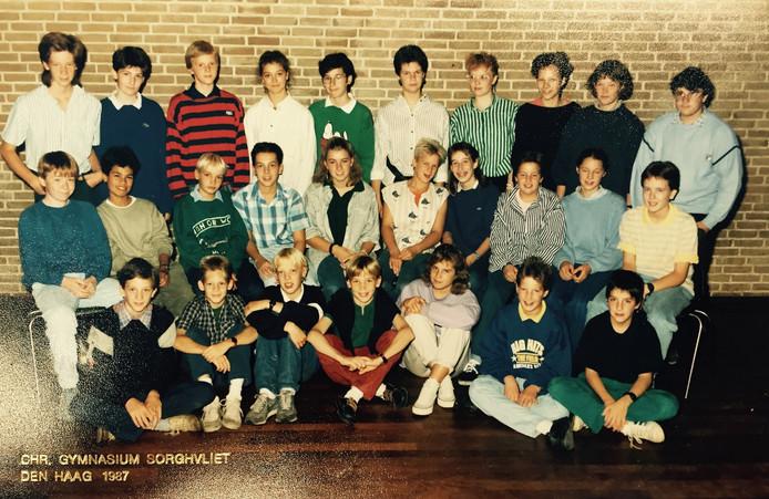 Sorghvliet klas 2b. AD-redacteur David Bremmer zit op de onderste rij tweede van rechts.