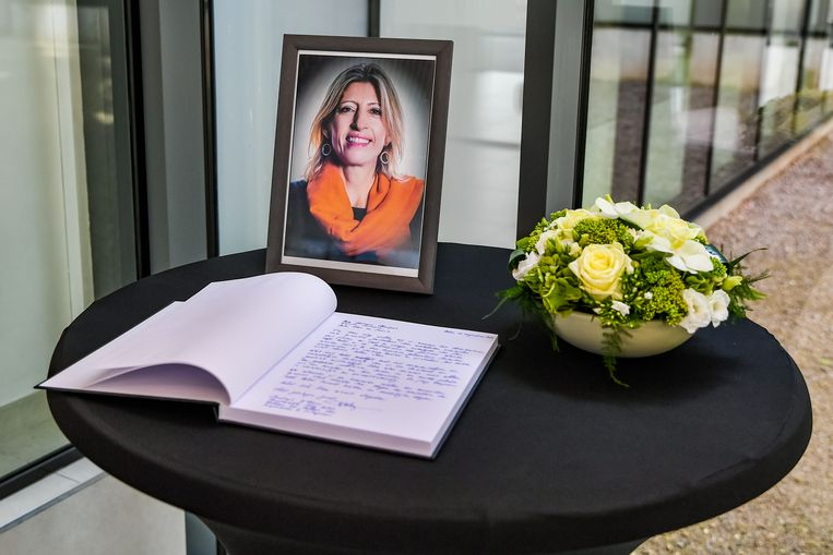 Rouwregister voor de oud-burgemeester Ilse Uyttersprot.