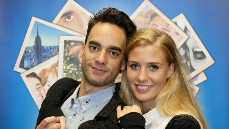 Freek Bartels en Celinde Schoenmaker na afloop van een repetitie van de musical Love Story in de Dutch Studio in Amsterdam. Beeld anp