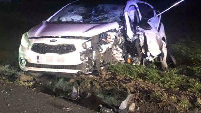 Auto botst tegen pas geplaatste snelheidsremmer in Ommegangstraat op grens tussen Ronse en Maarkedal