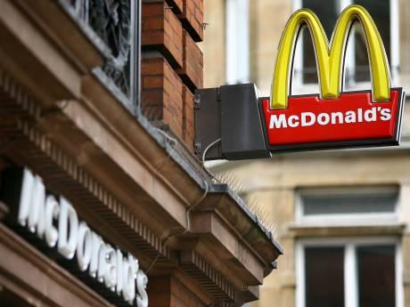 McDonald's door het stof na weigeren gratis drankjes aan brandweerlui