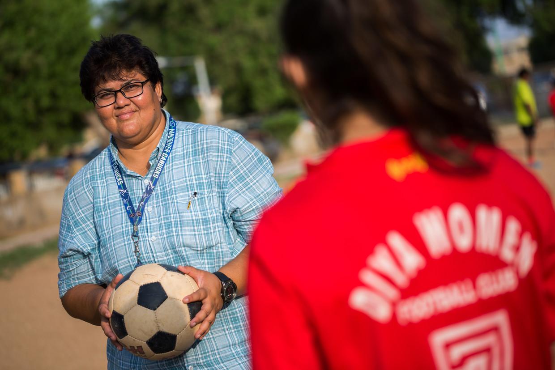 Sadia Sheikh zette de eerste vrouwenvoetbalclub van Pakistan op en heeft veel verzet moeten overwinnen.