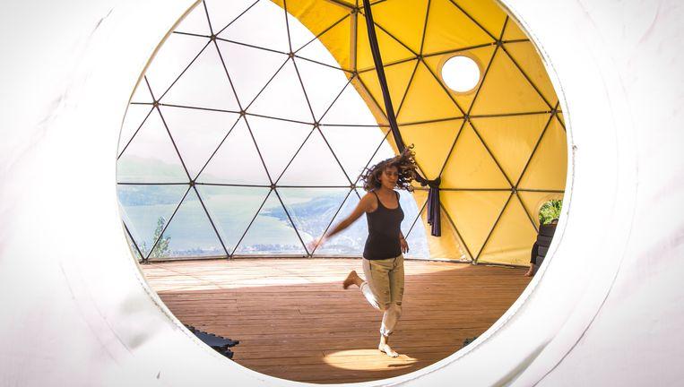 Binnen in de yurt. Beeld Nicola Zolin