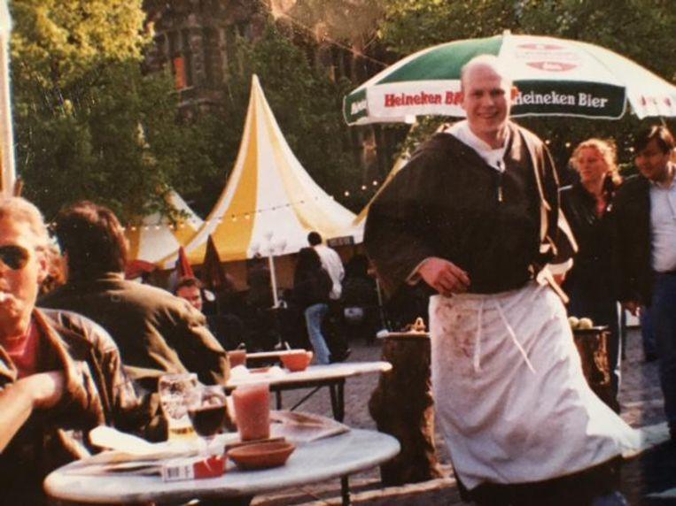 Pierre Wind van restaurant De Nas op het Pleinfestival in 1989. Beeld prive archief