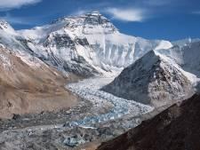 Zeven bergbeklimmers vermist na zware lawine Himalaya, reddingsoperatie gestaakt