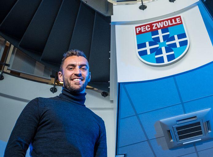 Bram van Polen is na vijf weken weer terug bij PEC Zwolle. Hij begint zaterdag tegen Vitesse alleen nog wel op de bank.