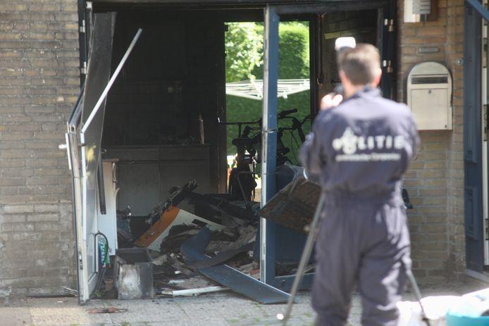 Een woningbrand in Rijen is mogelijk aangestoken.