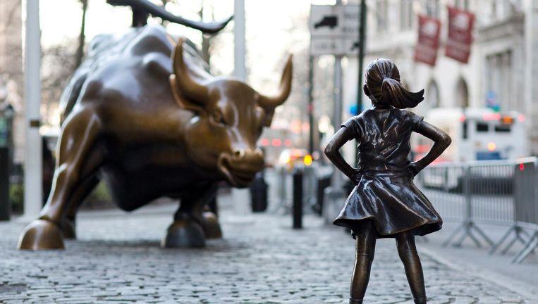 Fearless Girl tegenover Charging Bull van kunstenaar Di Modica. Beeld ap
