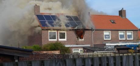 Veel rook bij fikse brand in huis in Boxtel