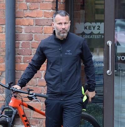 Transfernieuws | Giggs wil bondscoach van Wales worden