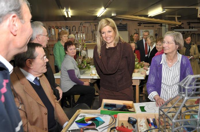 Toen nog prinses Máxima, op bezoek in het Millse hobbycentrum. Het hobbycentrum heeft nu van de gemeente Mill geld toegewezen gekregen om een hobbycentrum voor kinderen op te zetten.
