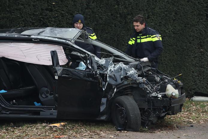 Twee personen raakten lichtgewond bij het ongeluk, een persoon had meerdere verwondingen en de vierde raakte zeer ernstig gewond.
