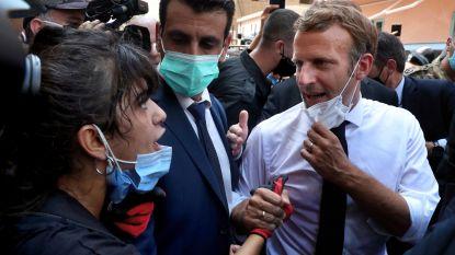 """Boze Libanezen eisen """"revolutie"""", Macron sust de gemoederen: """"Het systeem moet veranderen"""""""