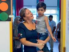'Fietsen naar school is te onveilig voor kinderen uit azc Middelburg'
