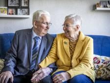 Echtpaar uit Losser is 60 jaar getrouwd: 'Vonk sloeg meteen over'