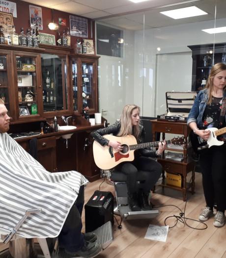 Rockronde: Dansen in Kees Kroket en dames in de barbershop